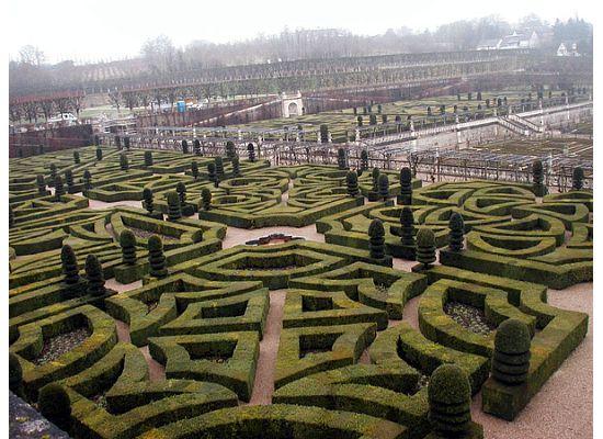 gardens-of-villandry1